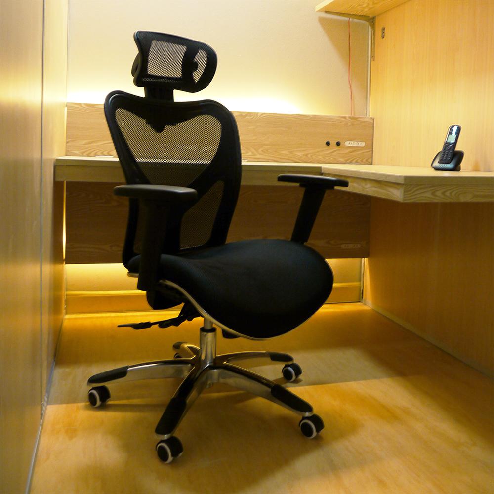 株式会社JAPANCREATE(ジャパンクリエイト ビル5F)レンタルオフィスのオフィスチェア